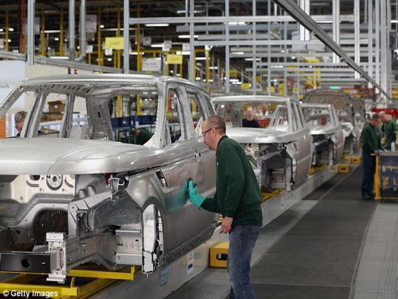 Car Manufacturers Uk Car Manufacturing Booms To Reach Record High Last Year Amid
