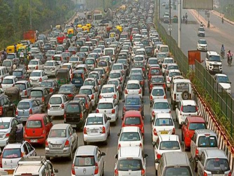 Number Of Cars On Road And Pollution Introduction Mumbai May Also Implement Odd Even Formula To Curb Air Pollution