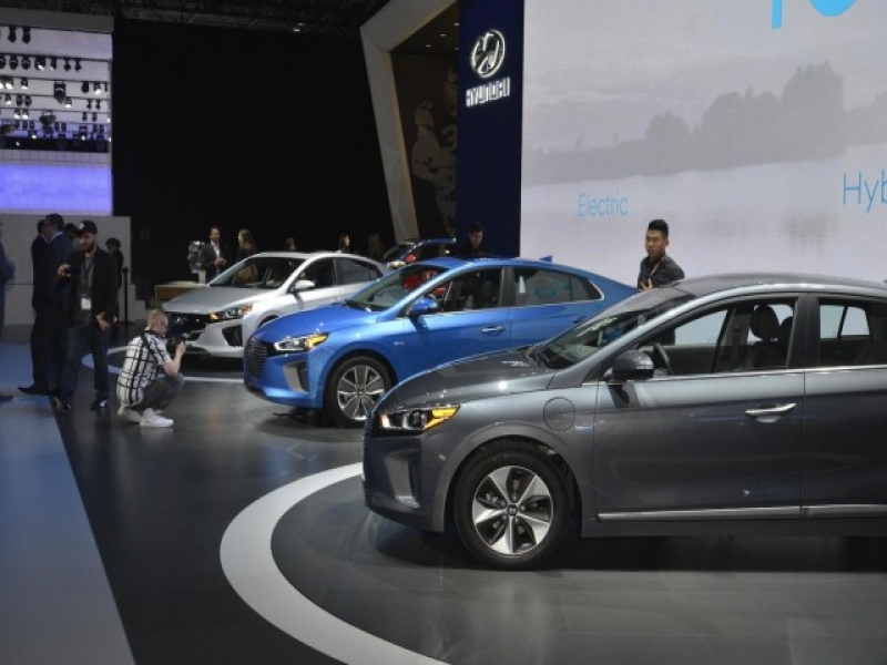 When Are 2017 Cars Released Four New Or Updated Electric Cars Coming For 2017