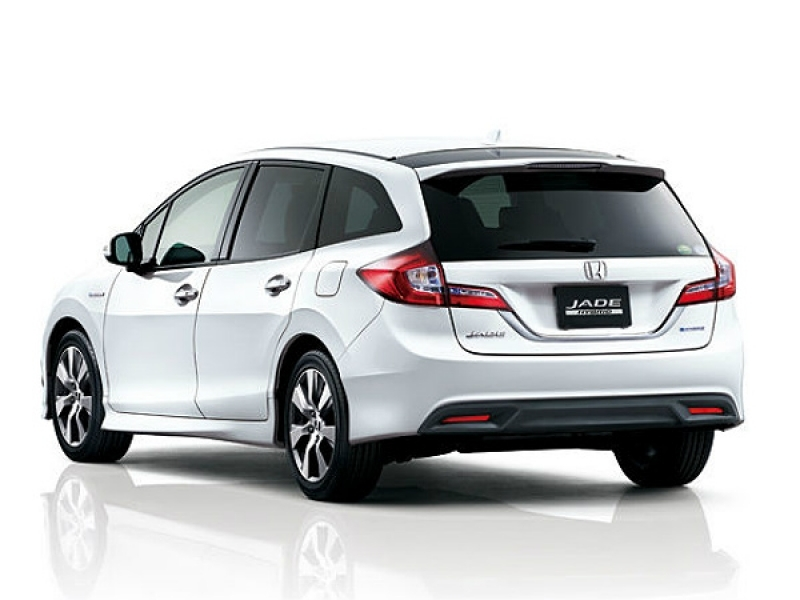 6 Seater Cars In India Honda Jade Hybrid New 6 Seater Launched In Japan Drivespark