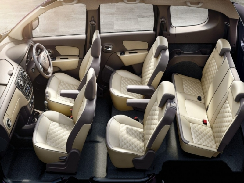 Best 7 Seater Cars >> 7 Seater Car Price List The 5 Best 7 Seater Cars In India