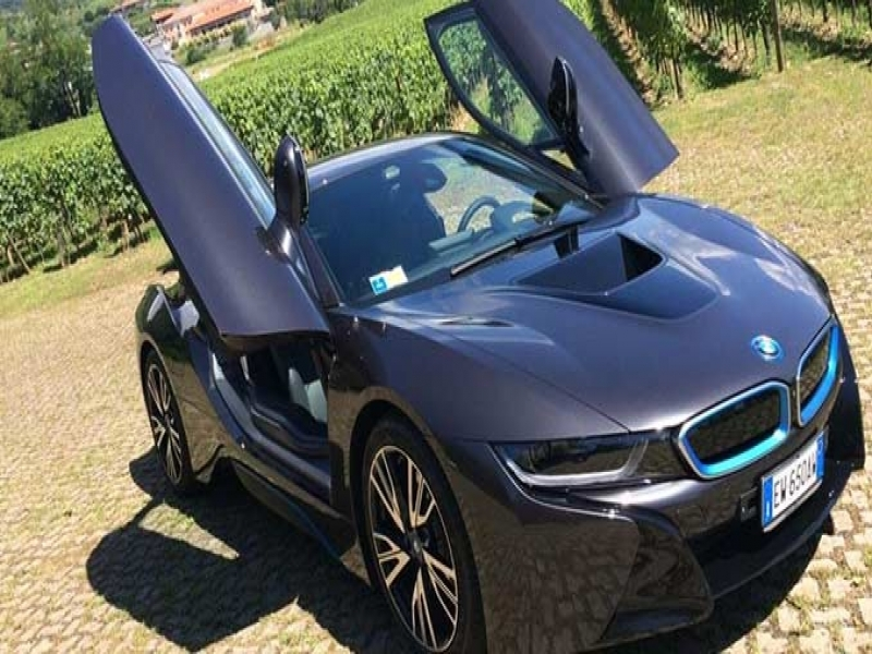 Latest BMW Sports Car Bmw I8 Review World39s Most Futuristic Hybrid Sportscar Ndtv