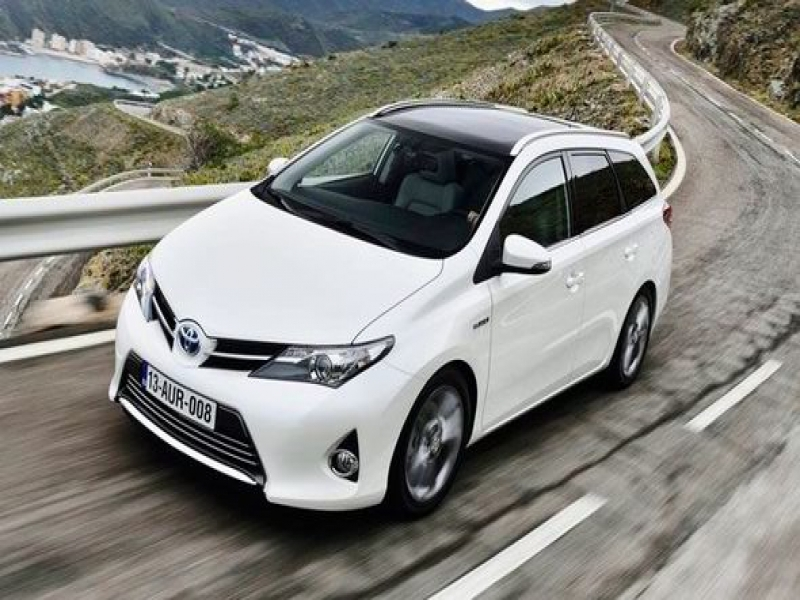 Pictures Of Latest Toyota Cars	 Toyota39s Latest Auris Sports Car Is Stuck In The Middle Of The