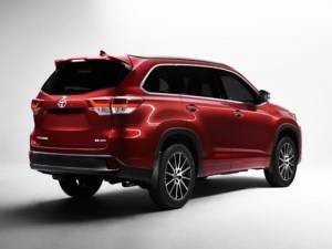 Toyota SUV 2017 Toyota39s Debut Of 2017 Highlander Mid Size Suv To Showcase