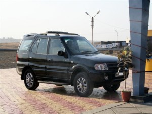 Tata Safari Ex 4x4	 File2009 Tata Safari Vx 4x4 Wikimedia Commons