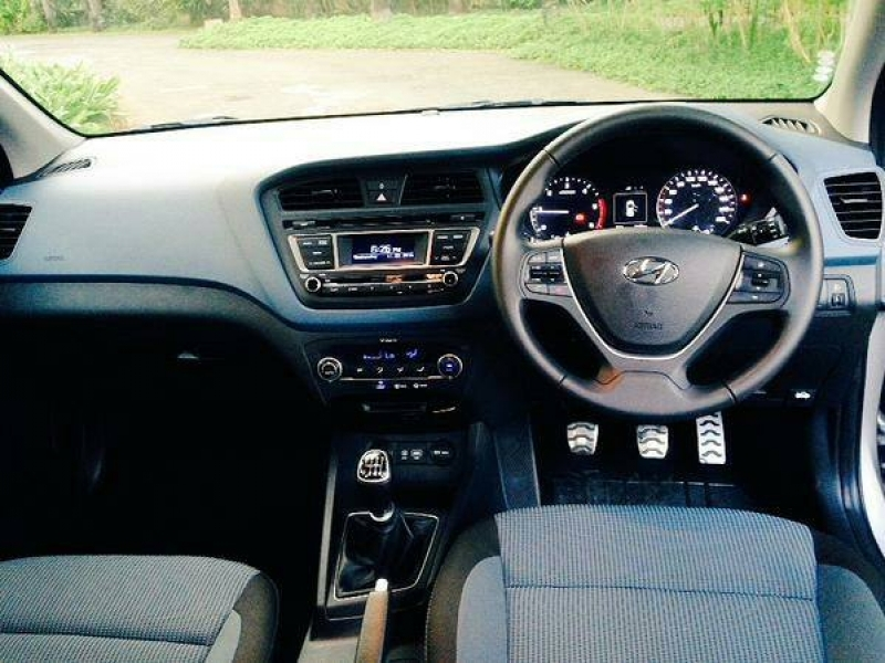 Hyundai I20 Active Interior Images Hyundai I20 Active Launching On March 17 2015 Motoroids