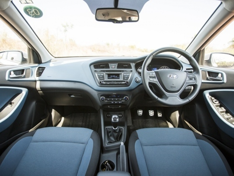 Hyundai I20 Active Interior Wsfdve Hyundai I20 Active Launched At Rs 638 Lakh Zigwheels Car