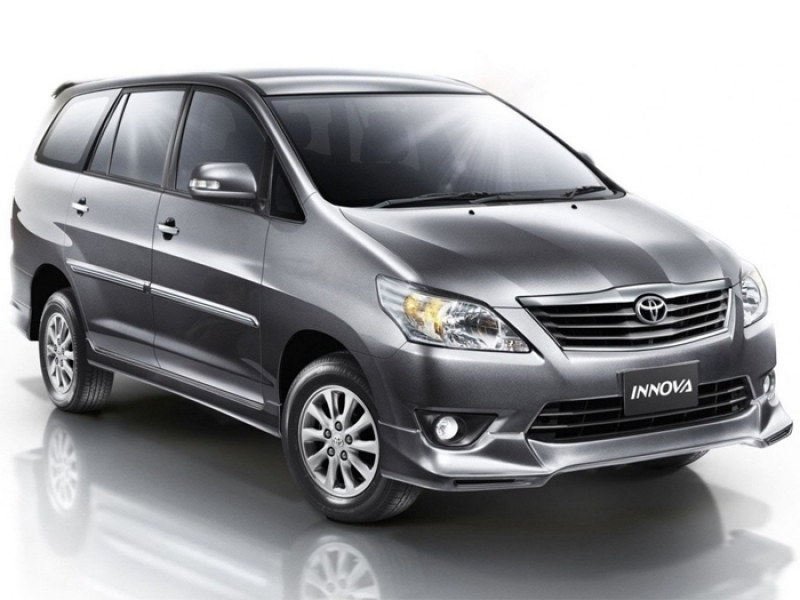 Best 7 Seater Vehicles Price 7 Seater Cars In India Below Rs12 Lakh Autoportal