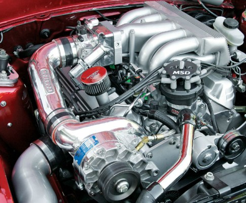 Why do Those of Us Born in the 1970s Seem to Hate V8 Engines?