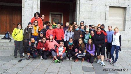 Mujeres que corren quedada woman wind extrem cercedilla foto Memphis Madrid