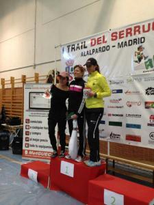 Tral del Serrucho 2013. Podio femenino.  Vencedora Nuria Acero