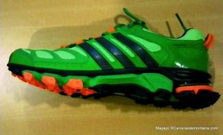 Zapatillas trail Adidas Response trail 20 foto perfil