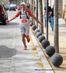 Pedro Bianco disfrutando los ultimos metros de su GTR90 por San Lorenzo. Foto: Mayayo.
