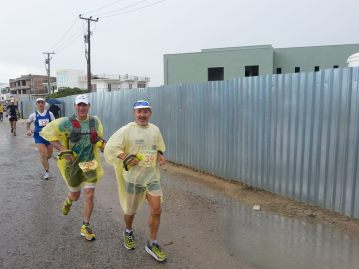 Luis y Mark woolley en carrera