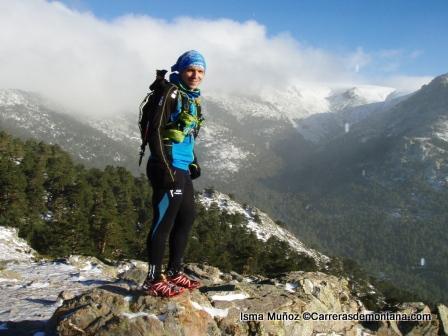 Ropa running: Chaqueta OS2O Hoka Ultra trail en montaña invernal