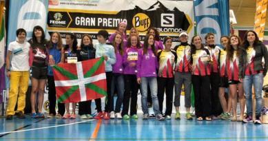 Podio equipos femeninos Foto: sporthg