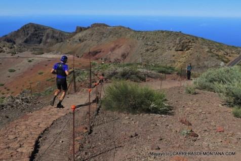 Luis Alberto inicia el descenso en busca de Tazacorte 2015. Foto: Mayayo