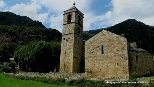 Iglesia románica de Barruera, salida y meta del Buff Epic Run.