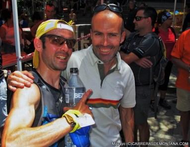 David y Raul bromean en meta tras el bronce Cpto. España del primero. Foto: Mayayo