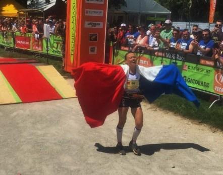 Nathalie Mauclair entrando campeona en Mundial IAU Trail Annecy. Foto: Mayayo.