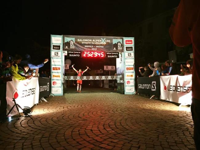 Iker karrera campeón XAlpen 100 millas. Foto: Organización.