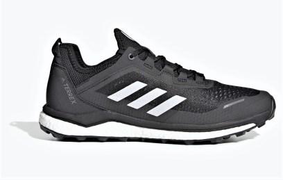 Adidas Terrex Agravic Flow Negra y blanca