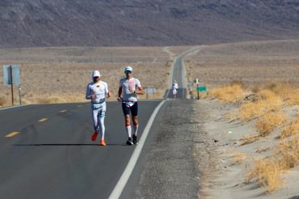 badwater 135 ultramarathon ultra trail america por mayayo ultrarunning foto adventure corps (26)