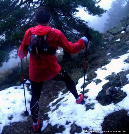 chubasquero trail haglofs insulated shield comp hood