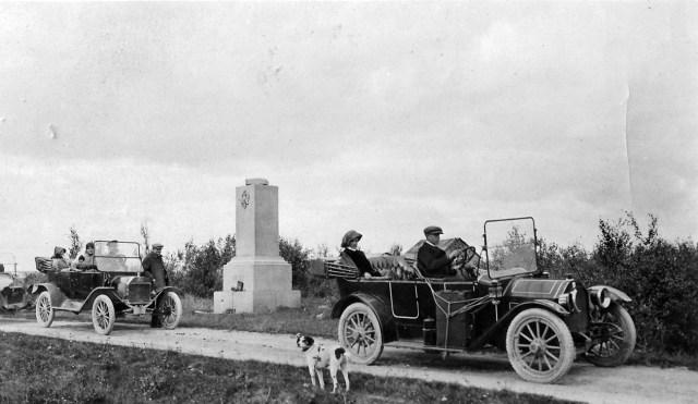1914. Возвращение на Родину.  Гранитный пограничный столб. Без формальностей. Торнео.