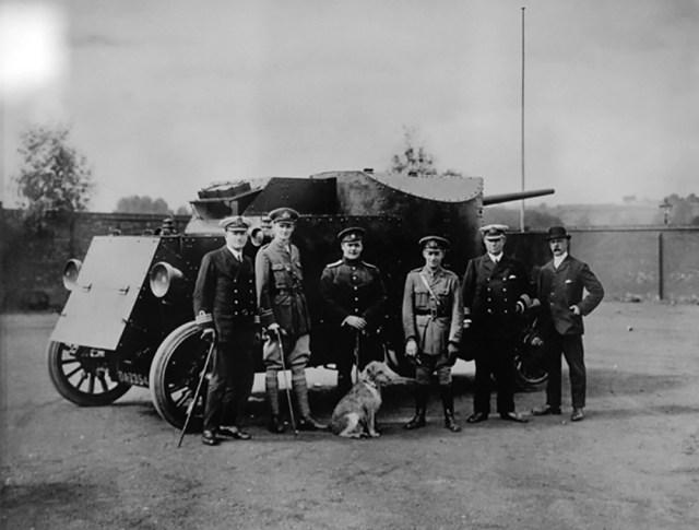 1916. Броневой автомобиль «Пирс-Арроу» перед отправкой в Россию. Англия.