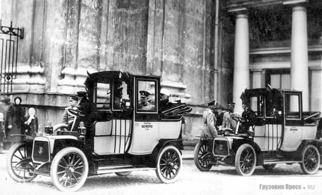 1912. Белые таксомоторы Panhard-Levassor Российского таксомоторного общества, Петербург
