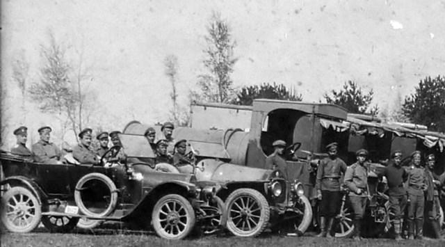 1915-1917.Санитарные автомобили Митчел, Бенц и грузовики Jeffery в Русской Императорской Армии.