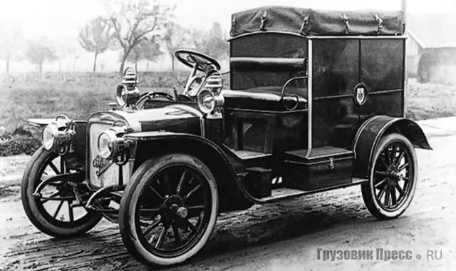 1911. Стандартный лёгкий почтовый фургон Gaggenau D8 грузоподъёмностью 300 кг, Такие же машины обслуживали почтовую контору Варшавы.