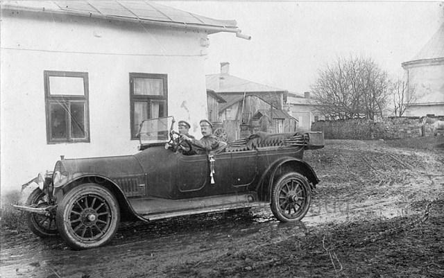 1915-1917.. Автомобиль Mitchell в Русской Императорской Армии.