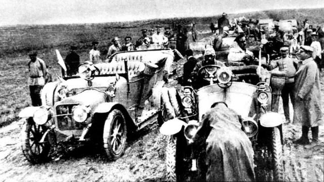 1912 Участники первого Всероссийского пробега военных автомобилей