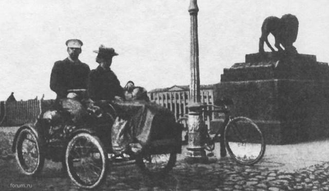 1903. Автомобиль Пежо поручика Грибоедова. Санкт-Петербург.