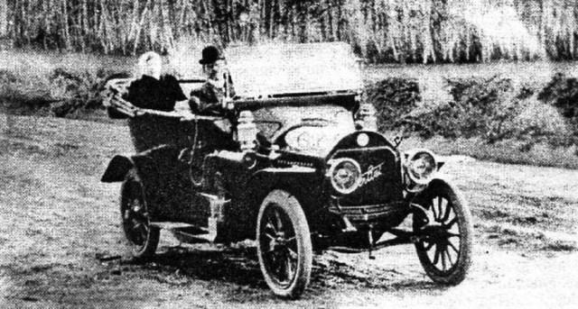 1905-1908. Автомобиль Берлие фабриканта С.А.Балакшина. Курган.