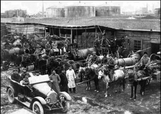 1920-е. Дореволюционный Пежо в Баку.