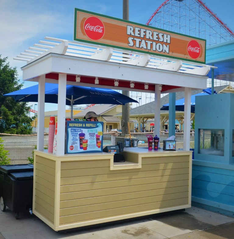 Coca Cola Beverage Cart, Cedar Point - Sandusky Ohio