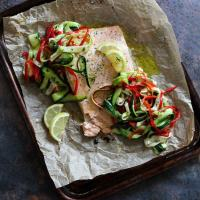 Salmon Fillet with Courgette and Pepper Salad