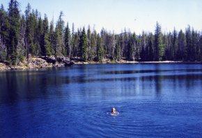 30 Sep 1999 Georgie First Lake of Many