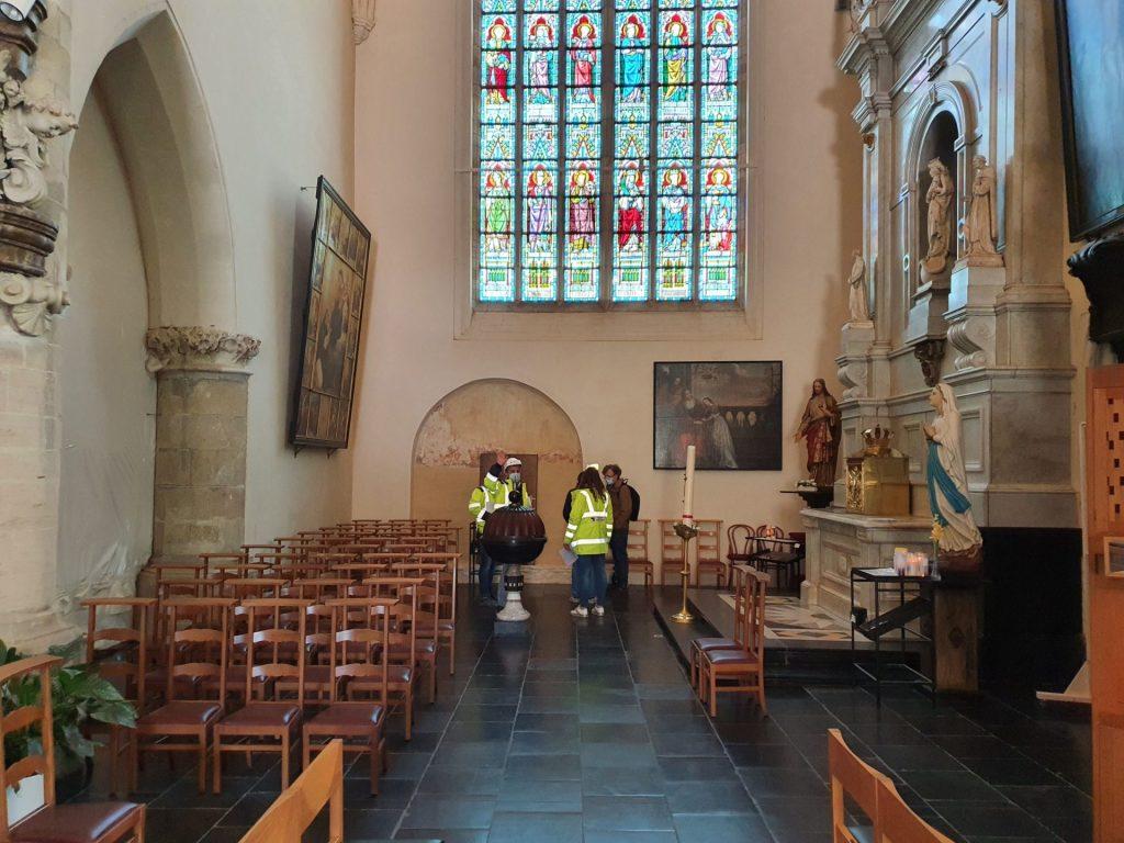 Restauration Eglise Avandendorpe Pierre bleue Tournai