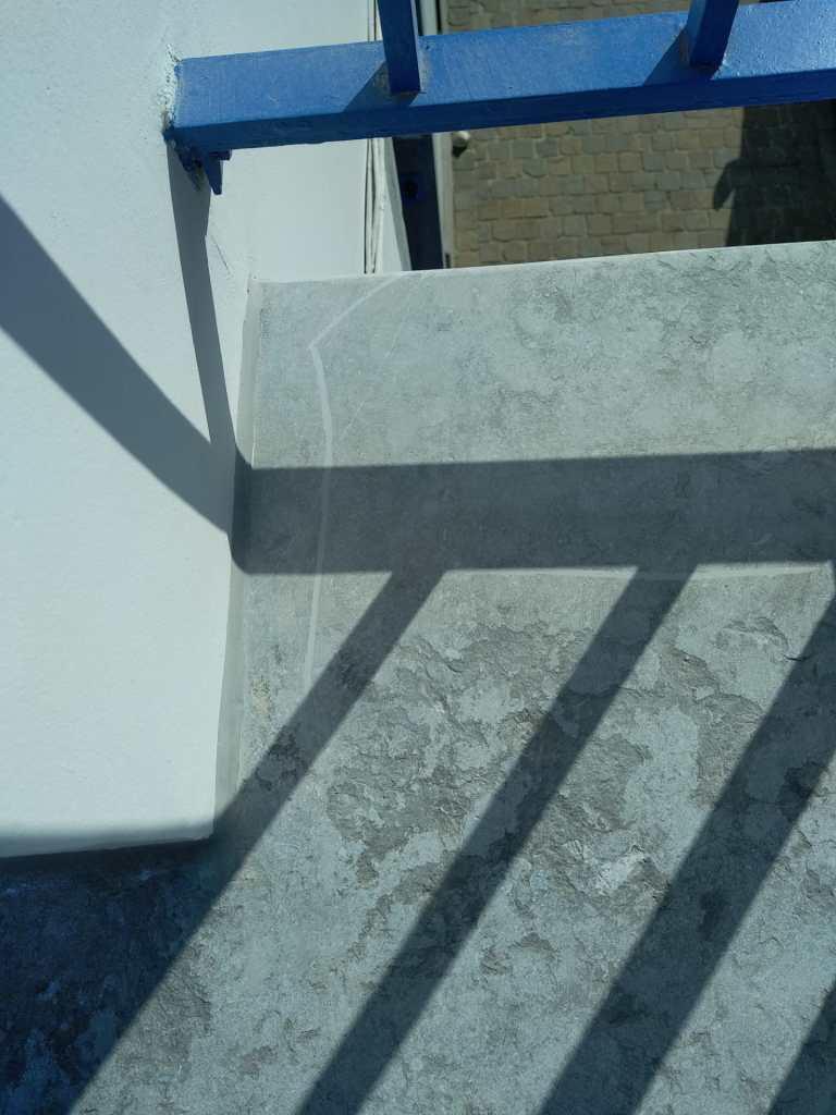 Reparation balcon pierre bleue