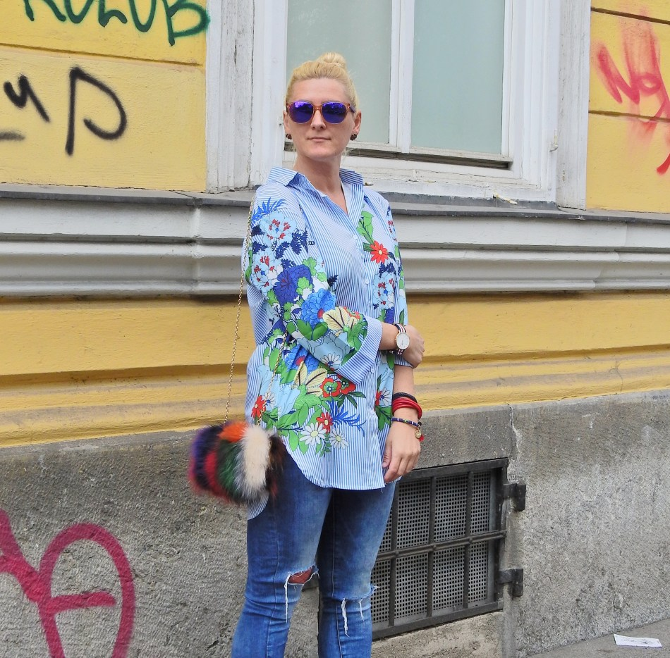 Flower Print Long Blouse, Fake Fur Bag, Carrera Sunglasses, carrieslifestyle, Denim, Daniel Wellington