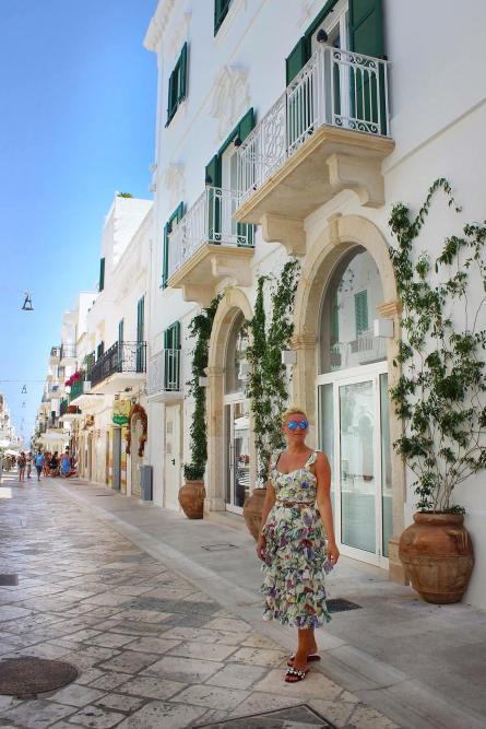 Polignano-a-Mare-Puglia-Apulien-Travel-carrieslifestyle-Tamara-Prutsch