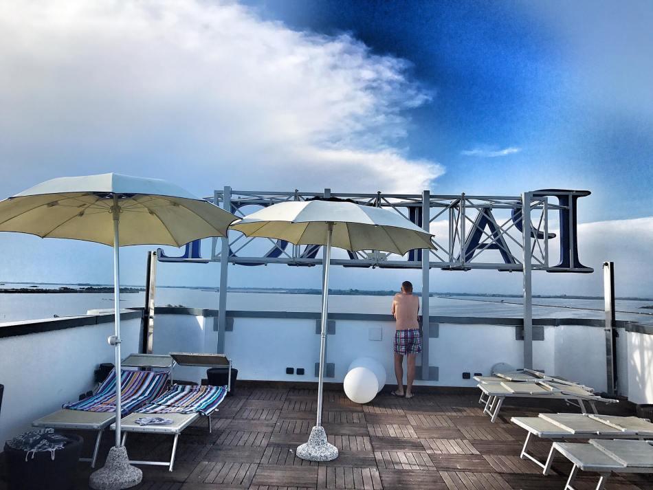 Rooftop-View-Grado-Laguna-Palace-Hotel-View-Roadtrip-Reiseblog-Reisebericht-Tamara-Prutsch-carrieslifestyle