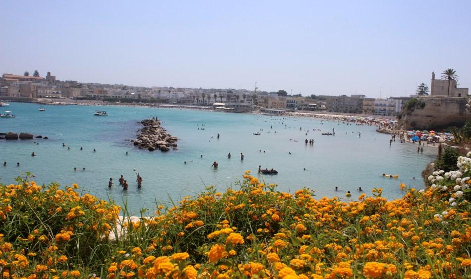 Grotta-della-Poesia-Klippenspringen-Baia-dei-Turchi-Otranto-Beach-Strände-Italien-Puglia-Apulien-Roadtrip-Reiseblog-carrieslifestyle-Tamara-Prutsch