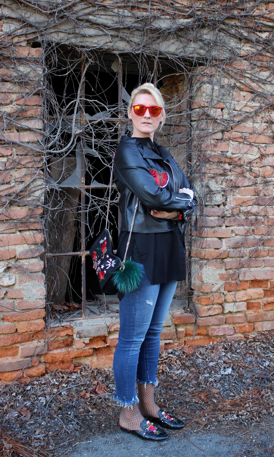 Embroidered-Floral-Print-Leather-Jacket-Denim-Fringed-Gucci-Slippers-carrieslifestyle-Tamara-Prutsch