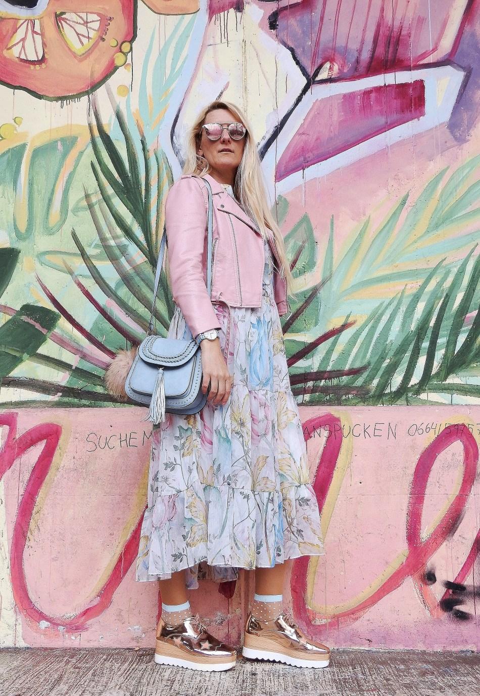Fashionsocks-Floralprint-Maxidress-Springvibes-Springlook-Leatherjacket-pink-Daniel-Wellington-Watch-Chloe-Bag-carrieslifestyle-Tamara-Prutsch-H&M-Stella-Mccartney-Platforms