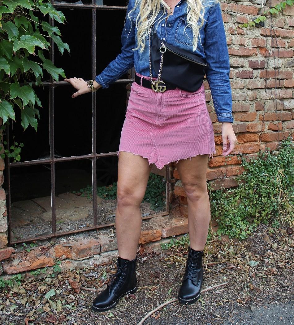 Dr.Martens-Cord-Revival-Trend-Gucci-Belt-Boots-Denim-carrieslifestyle-Tamara-Prutsch